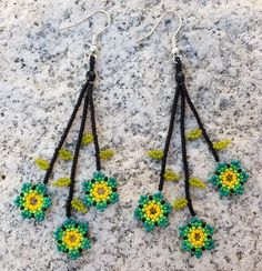 These are some Tiny Green Floral Flower Beaded Huichol Earrings. Ive used tiny glass seed beads and tediously put them together Seed Bead Necklace, Seed Bead Jewelry, Beaded Earrings, Etsy Earrings, Seed Beads, Handmade Beaded Jewelry, Beaded Jewelry Patterns, Beading Patterns, Seed Bead Flowers