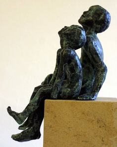 Looking at the Stars by Alison Bell @ http://www.creativeartsgallery.com/3d-art/sculpture/bronze-(22)/looking-at-the-stars/