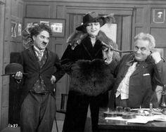Charlie Chaplin in the 1915 film His New Job Charlie Chaplin, Stan Laurel, Burlesque, Mabel Normand, Bennett Cerf, George Burns, Angels In Heaven, Silent Film, Old Movies