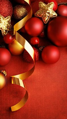 Tap image for more Christmas Wallpapers! Red Xmas decor - iPhone wallpapers @mobile9