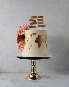 World Map Cake with flowers 26 Birthday Cake, Pretty Birthday Cakes, Gorgeous Cakes, Amazing Cakes, Mini Cakes, Cupcake Cakes, Map Cake, Travel Cake, Novelty Cakes