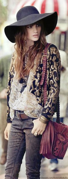 Bohemian Style - Brown big brimmed hat with oversized blouse and grey/denim skinny jeans; Parts of this outfit I would want in my closet, but I don't know If I could pull off this whole outfit