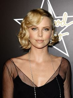 let's go a little bronzy for the california girl Charlize Theron - Hollywood Waves - Get Hollywood Hair - Hair - InStyle Vintage Short Hair, Vintage Wedding Hair, Short Wedding Hair, Short Curly Hair, Wedding Hair And Makeup, Curly Hair Styles, Vintage Bob, Short Wavy, Wedding Dress