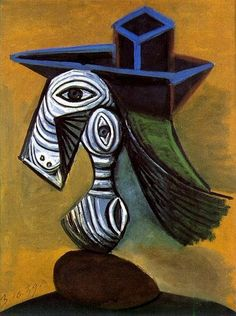 Pablo Picasso - Woman with a Blue Hat, 1939