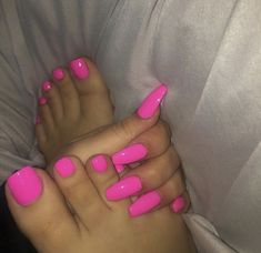 AcrylicNailsCoffin Manicure and pedicure and nail polish and coffin nails and toes - Coffin Nails Nails Ideias, Gorgeous Nails, Trendy Nails, Manicure And Pedicure, Pink Pedicure, Pedicures, Nails Inspiration, Beauty Nails, Summer Nails