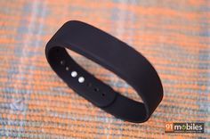 Image from http://img.91mobiles.com/articles/wp-content/uploads/2014/07/Sony-SmartBand-12.jpg.
