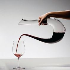 Riedel Amadeo Lyra decanter - For wine lovers www. Art Du Vin, Wine Time, Wine And Spirits, Wine Decanter, Crystal Decanter, Wine Tasting, Kitchenware, Tableware, Wines