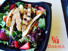 @ChickFLa Grilled Market Salad - includees fresh strawberries!