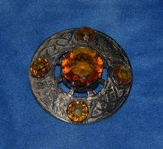 ANTIQUE SCOTTISH THISTLE CELTIC KNOT KILT BROOCH PIN 1 LG 4 MED AMBER JEWELED