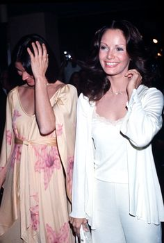 "townsend-agency: "" Kate and Jaclyn at People's Choice Awards in (Charlie's Angels won Favourite Overall New TV Program. Jaclyn Smith Charlie's Angels, Charlies Angels Movie, Good Morning Angel, Angel Movie, Kate Jackson, Cheryl Ladd, Farrah Fawcett, Classic Tv, American Actress"