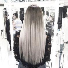 Hair color by @mouniiiir #haircolor #hairvideo #mouniiiir #hairextensions #hairvideos #hudabeauty #hair #hairvideo #videosfashions @mouniiiir  @mounirsalon  @mounir___sulaymaniah  @hairvideo.mounir