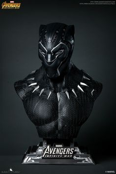 Discover the new Black Panther collectible bust by Queen Studios. Incredible detail and hidden Wakandan take this bust from good to great! Black Panther Pin, Black Panther Statue, Black Panther Images, Panther Pictures, Black Panther Marvel, Marvel Vs, Marvel Dc Comics, Marvel Heroes, Hulk Art