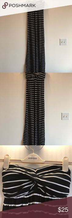 Kenneth Cole Reaction Strapless Maxi Dress Black and white stripped maxi dress from Kenneth Cole Reaction line. Large. 95% Rayon, 5% Spandex. Worn twice. Kenneth Cole Reaction Dresses Maxi