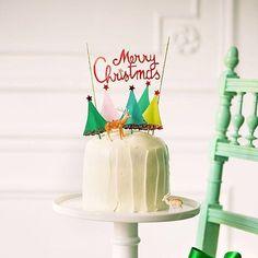 Enfiiiiin le mois de décembre ! Pour fêter les quelques semaines qui nous séparent de Noël, si on cuisinait ce joli gâteau imaginé par @atelierventura pour le dernier #marieclaireidees de l'année ? 📷 Fabrice Besse #christmas #hellodecember #merrychristmas #slowlivingforlife #apetitejournal