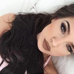 Matte Makeup 15