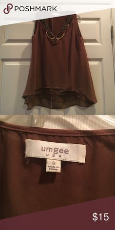 Brown umgee top Brown umgee top great condition size small. Bundle and save!! Tops Blouses