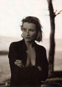 Emma Thompson, by Annie Leibovitz for Vanity Fair February 1996.