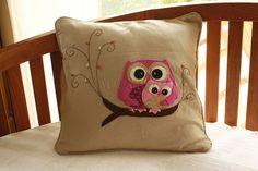 ♥♥♥ Para uma mãe coruja... by sweetfelt  ideias em feltro, via Flickr