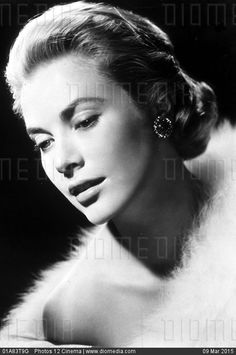 STOCK IMAGE - Grace Kelly by www.DIOMEDIA.com