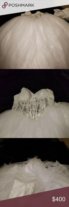 New Wedding Dress Never worn. Only tried it on. Dresses Wedding