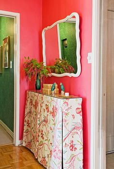 Brilliant radiator cover - great idea for kids bedroom - great vanity Kids Bedroom, Bedroom Decor, Bedroom Ideas, Master Bedroom, Coral Walls, Little Green Notebook, Tall Table, Narrow Table, Radiator Cover