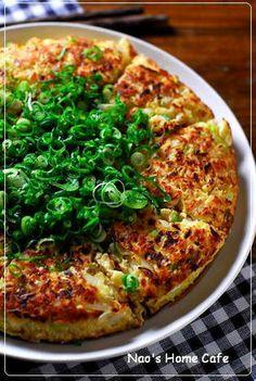 Tofu and Cabbage Okonomiyaki♥ Tofu Recipes, Asian Recipes, Vegetarian Recipes, Cooking Recipes, Healthy Recipes, Ethnic Recipes, Asian Cooking, Easy Cooking, Healthy Cooking