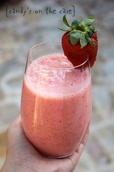 Peach & Strawberry Breakfast Smoothie