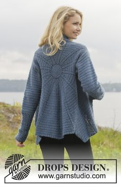 "Winter solstice / DROPS - free crochet patterns by DROPS design - Winter Solstice – Crochet DROPS circle jacket in ""Alpaca"". T-shirt Au Crochet, Pull Crochet, Mode Crochet, Crochet Geek, Crochet Coat, Crochet Cardigan Pattern, Crochet Shirt, Crochet Jacket, Crochet Clothes"