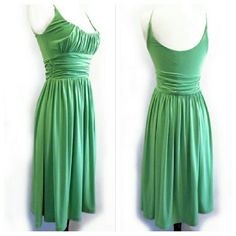 Molly NY Green Stretchy Summer Dress Like new. Super stretchy. By Molly NY from Anthropologie. Anthropologie Dresses Mini