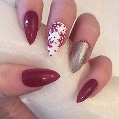 Red and White Snowflake Christmas Nail Art Design for Stiletto Nails