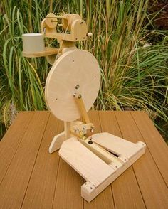 Zephyr two treadle portable spinning wheel from woodworking plans at www.lisaboyer.com