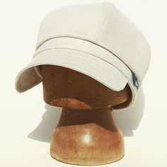 New cream cotton-linen blend sun cap available from zuthats.com and zuthats.etsy.com #zuthats #handmade #craftsposure #handmadebusiness #etsymade #indiebusiness #meetthemaker #makers #etsysellersofinstagram #etsy