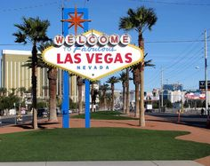 During my trip to Las Vegas I found some great things to do and get for free. You don't always have to spend a ton of money in Vegas. Also check out my posts about things to do around Las Vegas and things do to off the strip. Get a free photo with One. San Diego, San Francisco, Las Vegas Sign, Las Vegas Nevada, Vegas 2, Las Vegas Strip, Big Sur, Napa Valley, Tips
