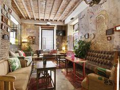 30 Comfy Living Room Designs & Decor Ideas - Home Decor & Design Rock Bar, Cabin Interior Design, Interior Ideas, House Design, Log Cabin Living, Living Room Decor Cozy, Cabin Interiors, Cabin Homes, Hostel
