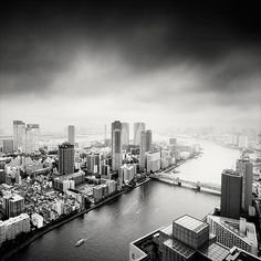 Stunning Cityscapes by Martin Stavars http://www.cruzine.com/2013/02/08/stunning-cityspaces-martin-stavars/