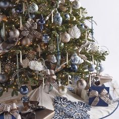 French Blue and Linen Ornament Collection Christmas Makes, All Things Christmas, Beautiful Christmas, Christmas Holidays, Christmas Wreaths, Christmas Ornaments, Christmas Ideas, Christmas 2017, White Christmas
