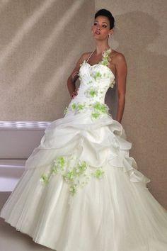 9197b423f99 Robe de mariée vert anis. - Boutique en 2019