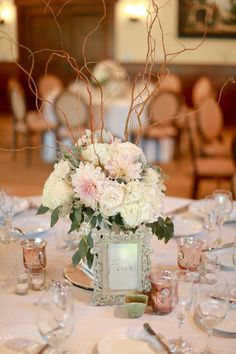 Wedding & Event Centrepiece Inspiration  Event Styling Crew can create a similar look for your Wedding or Event - www.eventstylingcrew.com.au  Image sourced from Pinterest.