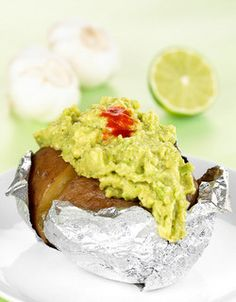 En het potet Avocado Toast, Guacamole, Mexican, Breakfast, Ethnic Recipes, Foods, Morning Coffee, Food Food, Food Items