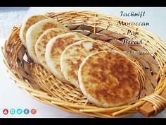 Marokkaans brood gebakken in een gietijzeren pan