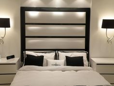 tete-lit-design-noir-blanc-linge-lit-lampes-assortis