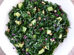 raw kale and avocado salad with citrus dressing -- the best kale salad ever! the key is to massage the dressing into the kale. Raw Food Recipes, Vegetable Recipes, Vegetarian Recipes, Cooking Recipes, Healthy Recipes, Delicious Recipes, Crockpot Recipes, Yummy Food, Kale Salad