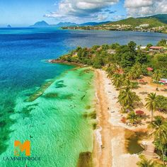 #Madinina vue par @martiniquetourisme: L'anse figuier vue de haut! #Martinique #ig_martinique #ig_caribbean #paysage #landscape #blue #bleu #evasion #tropical #caribbean #antilles #caraibes #madinina #caribbean #island #ile #beautiful #voyage #travel #vacances #WeLike ! A voir sur Instagram : http://ift.tt/1rGu8CS