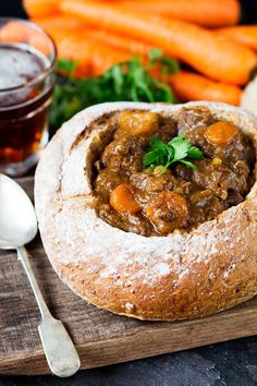 Irish Bunny Chow (no bunnies included) - a deliciously hearty crockpot dinner. a South-African fast food consisting of half a loaf of bread filled with meat (again not rabbit) or vegetarian curry Crock Pot Slow Cooker, Slow Cooker Recipes, Crockpot Recipes, Soup Recipes, Dinner Recipes, Cooking Recipes, Healthy Recipes, Crockpot Rabbit Recipe, Cooking Ideas