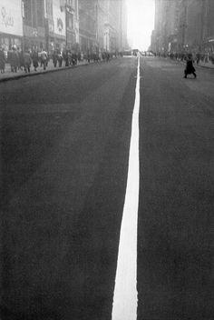 Robert Frank. New York City. 1951   [::SemAp FB || SemAp::]