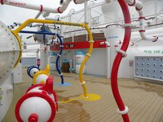 AquaLab is a new water play area on the Disney Fantasy. Located near the entrance to the AquaDuck, the space will delight guests of all ages who love to splash in the water (and get wet).