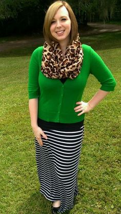Leopard Scarf, Striped Maxi, and Green Cardigan. I'm not a leopard print fan) Modest Dresses, Modest Outfits, Modest Fashion, Fall Outfits, Summer Outfits, Casual Outfits, Cute Outfits, Sporty Fashion, Modest Clothing