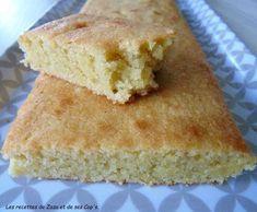 Un gâteau extra qui ressemble à s'y méprendre à un financier...rapide et simple à faire pour un goûter ou un petit déjeuner gourmand !! 125g de poudre d'amandes 120g de sucre 70g de beurre demi sel 2 œufs entiers 20g de farine de la vanille en poudre...