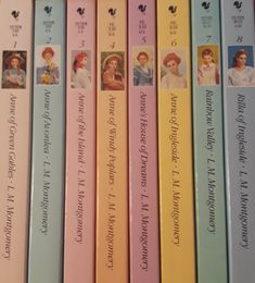 Anne of Green Gables/Anne of Avonlea/Anne of the Island/Anne of Windy Poplars/ Anne's House of Dreams/ Anne of Ingleside/ Rainbow Vally/ Rilla of Ingleside. Personal favorites: Anne of Green Gables & Anne of the Island. I Love Books, Good Books, Anne Auf Green Gables, Anne Of Windy Poplars, Anne Of The Island, Anne Of Avonlea, Gilbert And Anne, Gable Boxes, Anne With An E