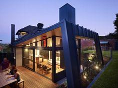 Ein moderner Anbau - innovative Gebäudeerweiterung zu einem klassischen Kew House in Melbourne - #Architektur